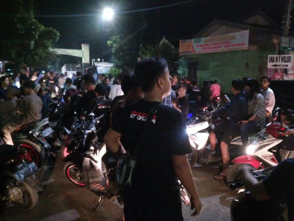 Suasana kemeriahan takbir keliling di Dusun Kenayan