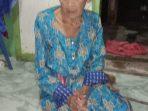 Foto nenek SITI umur 83 yang tidak mendapatkan dana PKH