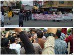Aktivis Mahasiswa kembali aksi protes di depan Polres Kota Tanjung Bala