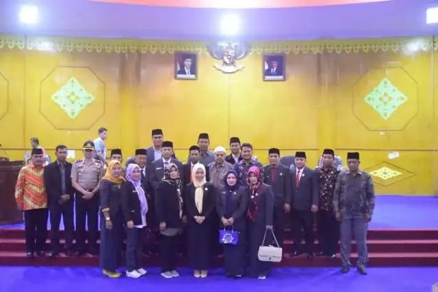Penetapan Muhammad Nur sebagai Pimpinan Dewan menggenapkan unsur Pimpinan DPRK Aceh Tamiang dengan komposisi, 1 Ketua dan 2 Wakil Ketua.